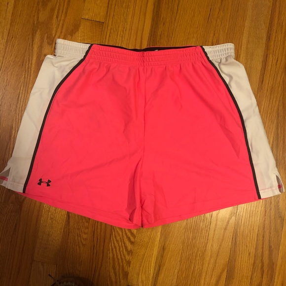 Under Armour Pants - ✨Under Armor HOT Pink Shorts